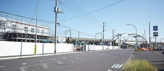 工事が目立つ環状4号線沿道