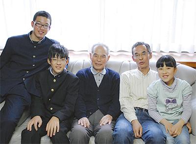 父、金平さんも元PTA会長
