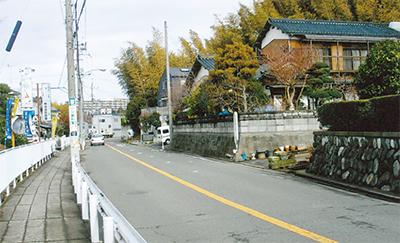 バス停途中下車-岡津-