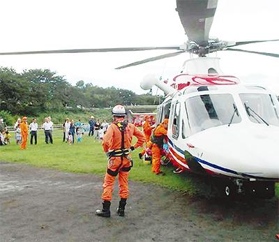 和泉遊水地でヘリ訓練