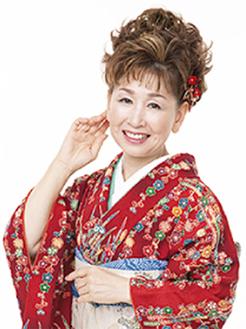 プロ歌手・寿美さんがレベルに合わせて指導