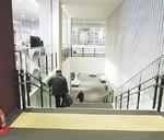 改修前階段(バリアフリー化が必要)