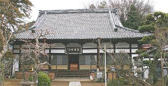 会場となる長福寺本堂