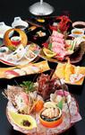 豪華な食材を堪能できる「ぼたん」。新鮮な刺身は特筆ものだ