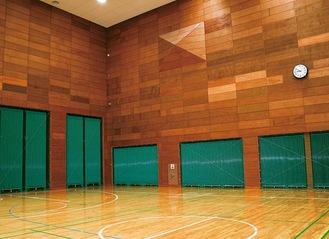 壁に設置されている緑色の箇所が冷暖房装置
