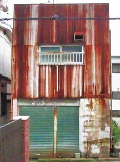 市内に数多くある空家の1つ