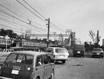 新たに発見された光雄さんの写真。上倉田にあった踏切前で撮影したもの。昭和50年代前半。