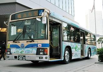 市内を走るEVバス