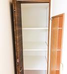 収納に不便だったクローゼットに高さを調整できる棚を取り付け
