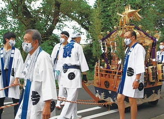 多くの祭りが中止の中昨年9月に行われた神輿