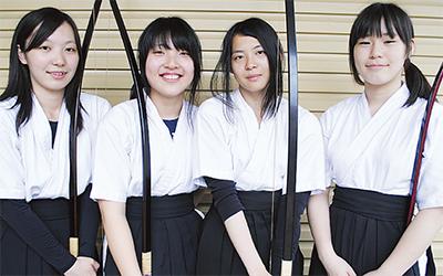 弓道女子初の全国