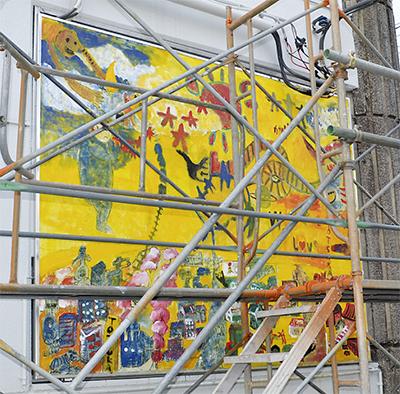 戸塚の街並みが壁画に