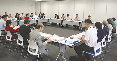 第3期策定へ委員会開会