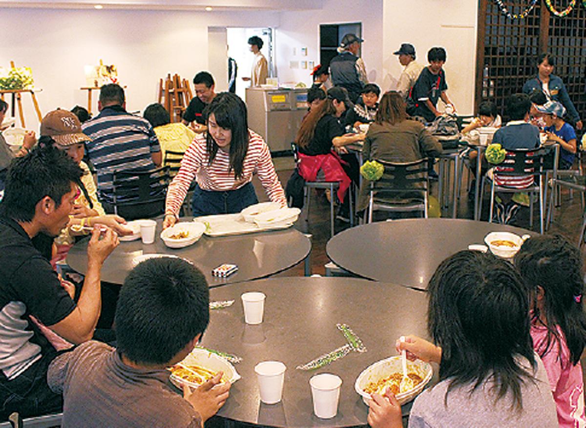 学内で「子ども食堂」