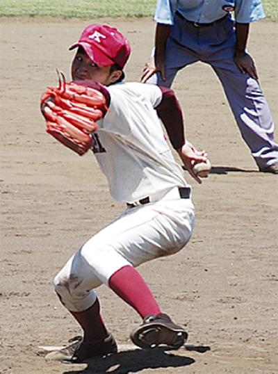 高校野球、4校とも健闘