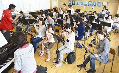 音楽好きの大人が集合