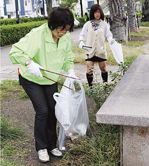 金沢八景周辺を清掃