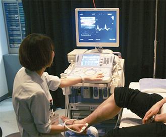 下肢動脈エコー検査の様子