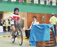 三世代で自転車ルール学ぶ