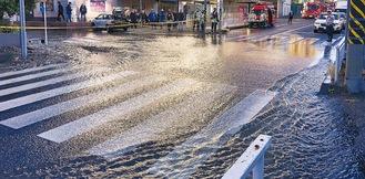 磯子6丁目付近の漏水事故(1月9日)