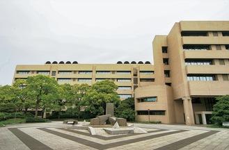 同大の基礎研究棟