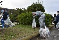 金沢区の産業団地で一斉清掃