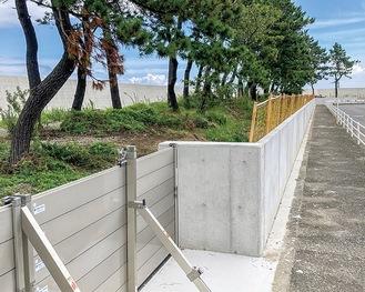 完成した高さ約1.2mの防潮堤
