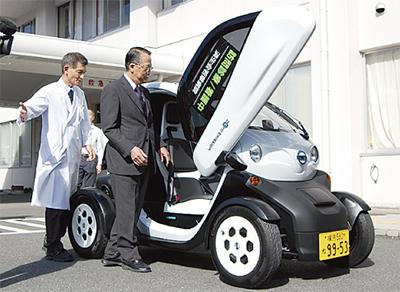 小型EVを訪問診療に