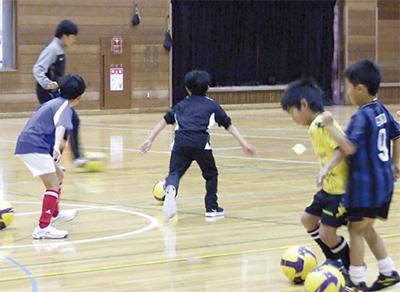 サッカーを学ぼう