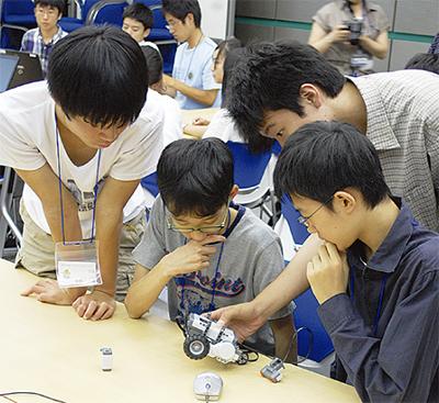 次世代ロボットに挑戦