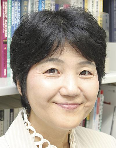 神奈川県看護協会長賞を受賞した、関東学院大学看護学部准教授の 平田 明美さん 港南区上大岡在住 59歳