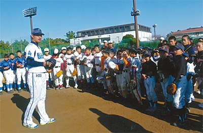 ベイ選手に習う野球教室