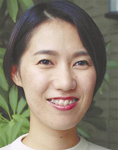 小泉 奈穂子さん