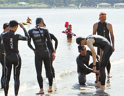 元五輪選手が泳ぎ教える