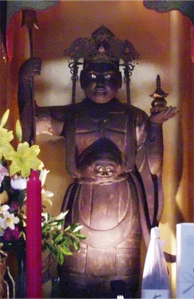 仏像を夜間生中継
