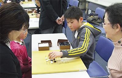囲碁で世代間交流