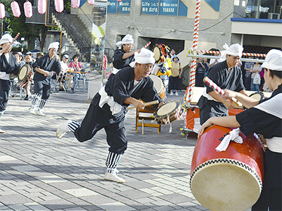 サンモール洋光台で祭り