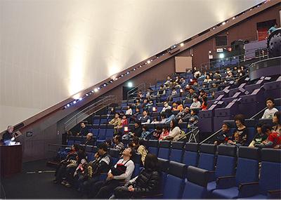 宇宙科学館で開講式