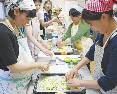 横浜産野菜でピザ作り