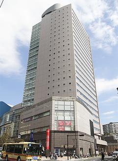ウィリング横浜が入るゆめおおおかオフィスタワー