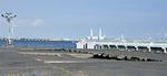 横浜港の中には崩れている個所も(現在は封鎖中)