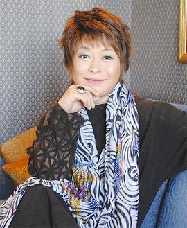 本紙インタビューに応える佐々木さん(5月31日同ホテルで)
