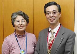 八木さん(右)と同施設のサブコーディネータとして19年目になる並木公子さん