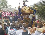 春日神社の神輿が海外へ