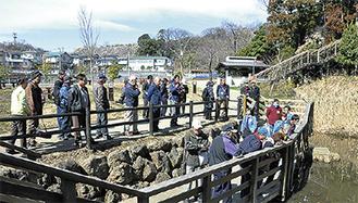 小菅ヶ谷北公園の森づくりを話し合う参加者