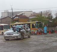 本郷小で交通安全イベント