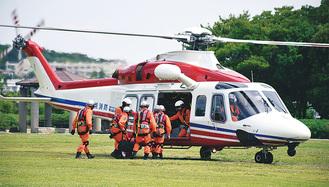 大型ヘリによる訓練(写真は昨年)