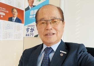 「活力ある横浜へ、しっかり議論してまいります」(8日、議員控室にて撮影)