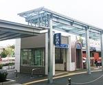地下鉄出入口に屋根設置