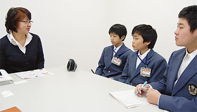 港南中生が記者体験